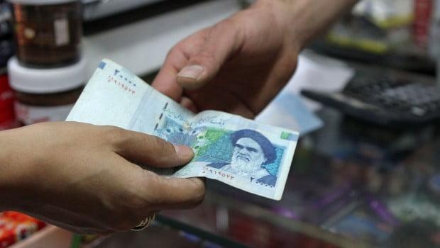 Iran-Economy-Sanctions-e1375544526336