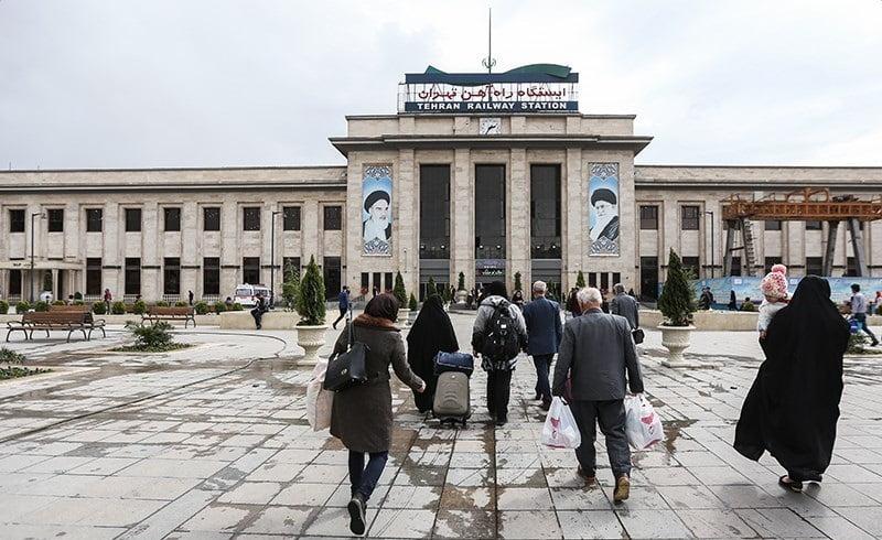 Tehran_railway_station,_18_March_2018_(1396122715152834413668874)